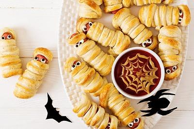 Những ý tưởng xoắn Pretzel độc đáo cho tiệc Halloween
